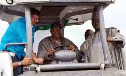 President Jonathan with Governor Amosun at the flag off of Lagos-Ibadan expressway Reconstruction