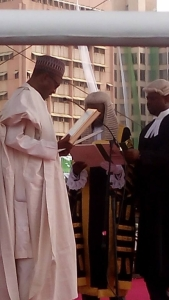Buhari-taking-oath-of-office